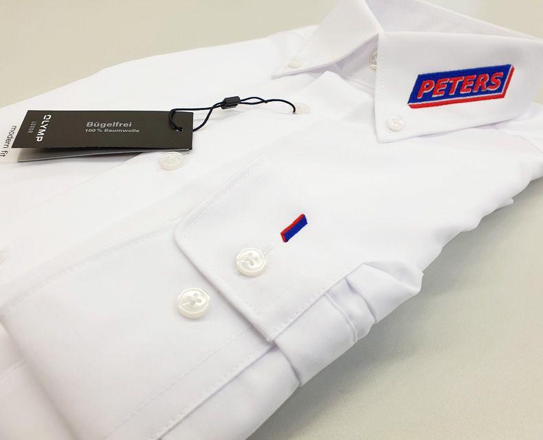 Besticke Hemden mit Kragenstick und Manschettenstick