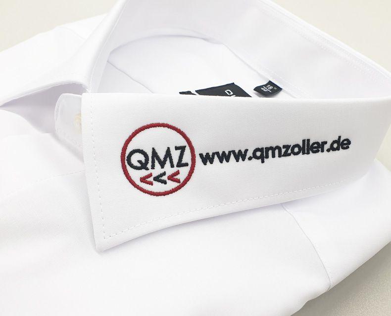 media/image/Hemd-bestickt-Qualitaets-Management-Zoller-weiss.jpg